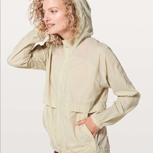 Lululemon Hood Lite Jacket